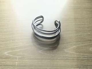 & other stories twisted Asymmetric bracelet bangle 不規則手鈪 cos