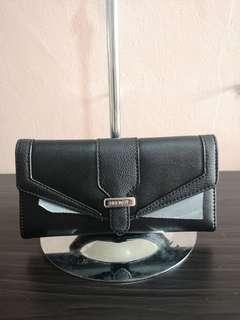 Authentic Brand New Nine West Wallet in Black