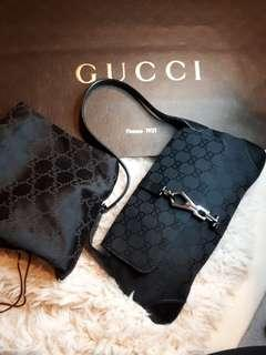 BNWT- Auth Gucci Purse w/Packaging and DustBag