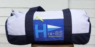 Tommy Hilfiger Duffle Bag (Navy Blue and White)