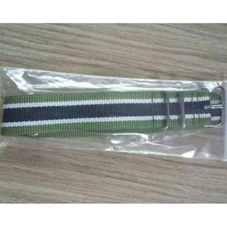 ⌚FREE POSTAGE 22mm GREEN-WHITE-BLACK = A Grade Nylon NATO Watch Strap⌚