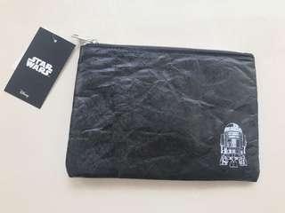 日本迪士尼星球大戰R2D2 Disney Star Wars pouch 男士聖誕交換禮物Xmas Christmas gift