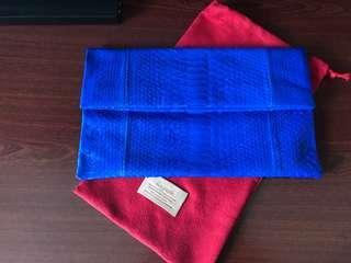 Anggerik by Angriani magnetic bi-fold handbag