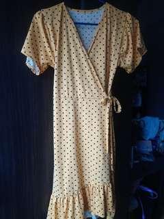On hand Midi Wrap Dress
