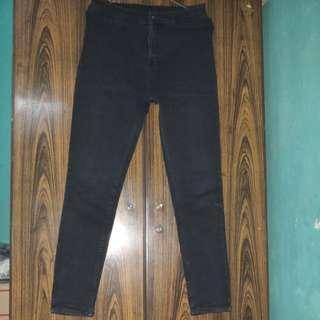 Celana jeans hitam highwast