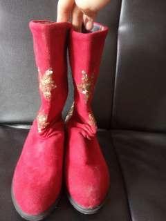 Sepatu anak boot bludru sequin