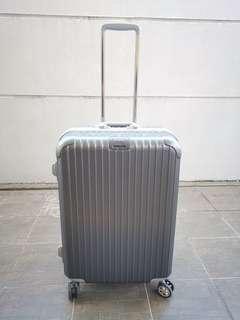 New Year Luggage Prelove Promo