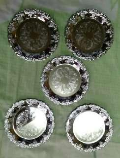 Saucers / coasters for cups or drinking glasses