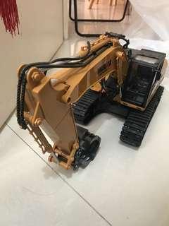 搖控挖泥車-正常運作