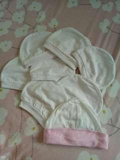 Bonnet Set