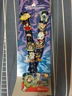 迪士尼 襟章及頸帶