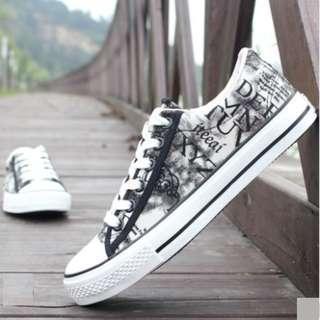 Men's Korean Trend Casual Graffiti Cloth Shoes [Black/Brown/Light Blue]