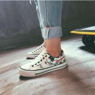 Men's Korean Trend Low Casual Graffiti Canvas Shoes [White/Black]