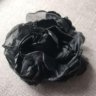 H&M black flower - 頭飾 / 襟針 , hair accessories / brooch