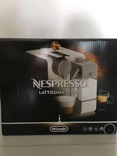 Nespresso Lattissima Touch (black)