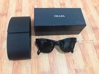 PRELOVED | PRADA  sunglasses authentic 💯