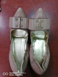 🚚 NINE WEST 平底鞋