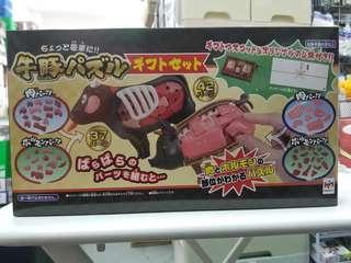 Megahouse 牛豬結構組合 和風禮盒裝 黑毛和牛 金華豚