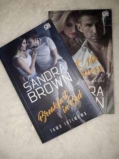 "2 Seri Novel Terjemahan ""Sandra Brown"""