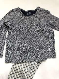 GAP long sleeve shirts (18-24mo) free legging