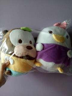 (Good deal ❗)  Goofy and daisy duck plushies
