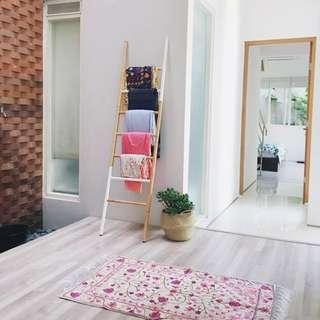 Stairs For Hanging Gantungan Baju&Batik Bentuk Tangga