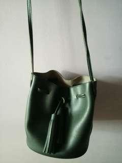 (GOOD BUY ❗) Black sling bag