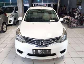 Nissan Grand Livina Sv matic 2014 putih
