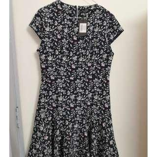 Cap Sleeve Flare Dress (Navy Floral)