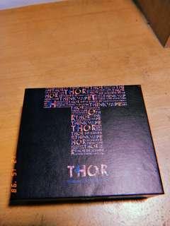 BOX Vape Thor + Kabel
