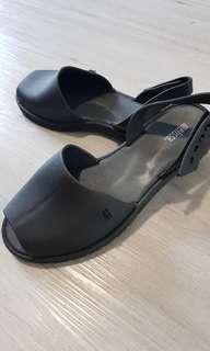 Melissa Black Sandals US 7