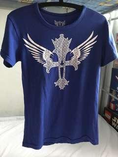 🚚 Blue shirt