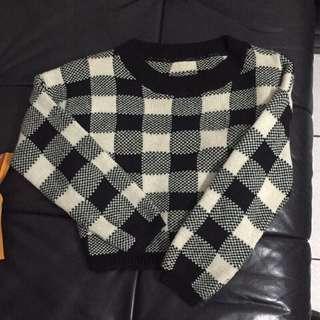 🚚 韓格紋短版毛衣