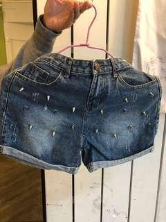 🚚 個性龐克 釘子 短牛仔褲
