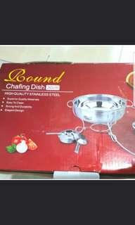 Round chafing dish for steamboat etc