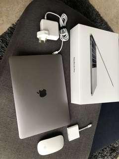MacBook Pro 13.3, (May 2018), 2.3 GHz, 256GB SSD, 8GB SDRAM, Apple Care