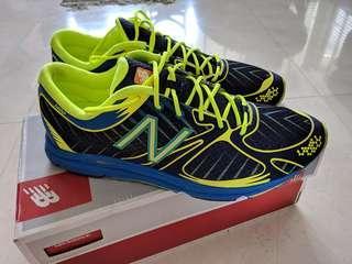 New Balance Running Shoe Glow in the dark