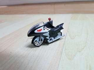 Hot Wheels 1966 Batcycle 1:50 Scale