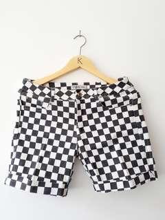 Zara Pants Trafaluc / Hot Pants / Celana Pendek Wanita