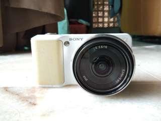 Sony NEX-3 For Sale