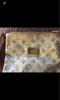 NEW LONG STRAP LV POUCH BAG