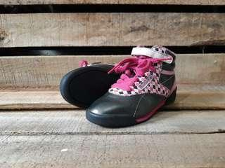 Sepatu anak Reebok Classic Kids size 27,5 fit 28 kondisi mulus
