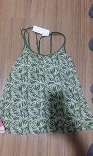 New with tag uniqlo singlet