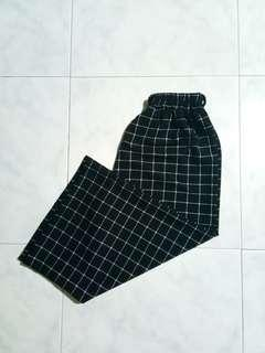 grid/checkered culottes