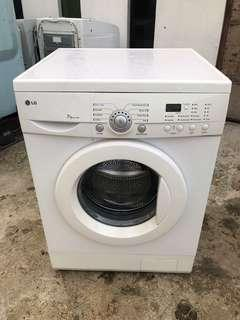 Washing machine LG front load 7KG fully auto