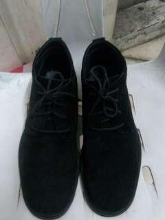BENATO Black Chukka Shoes Size 7.5