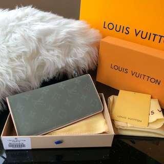 L*v wallet