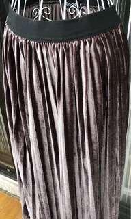 🚚 全新紫藕色絨布長裙