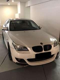 Sporty Matt White BMW 520i for rent