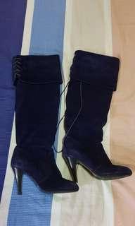 Velvet Dark royal blue highknee boots Size 37